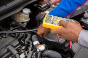 Como trocar o sensor de velocidade do velocímetro- conserto do sensor de velocidade